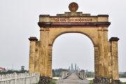 Hien Luong Bridge