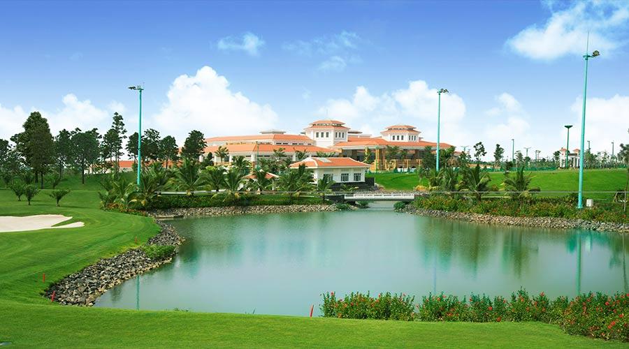 Tan Son Nhat Golf Club2